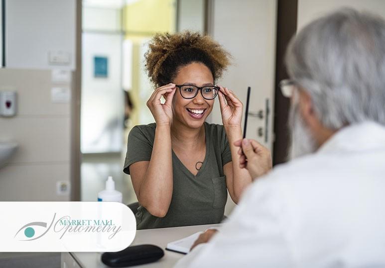 eye glasses Calgary, eye doctor Calgary, eye clinic Calgary, eye exam Calgary, Nw Calgary eye exam, optometrist Calgary, Zain Read frames