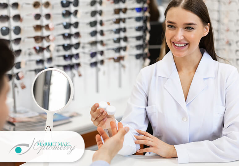 Market Mall Optometry - Blog - Myths about contact lenses
